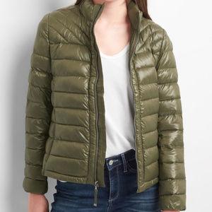 NWT Gap puffer jacket